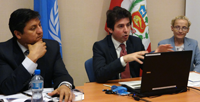 From left: Gerald Pajuelo Ponce, Counsellor at Peru's Permanent Mission to the UN in Geneva, UNCTAD's Edgardo Torija Zane, and Vi Chief, Vlasta Macku